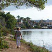 Rückweg am Ufer der Lagune.