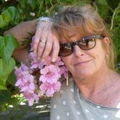 Maike und Blumen.